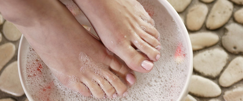 Natural Pedicure for Beach Ready Feet all Year'round!